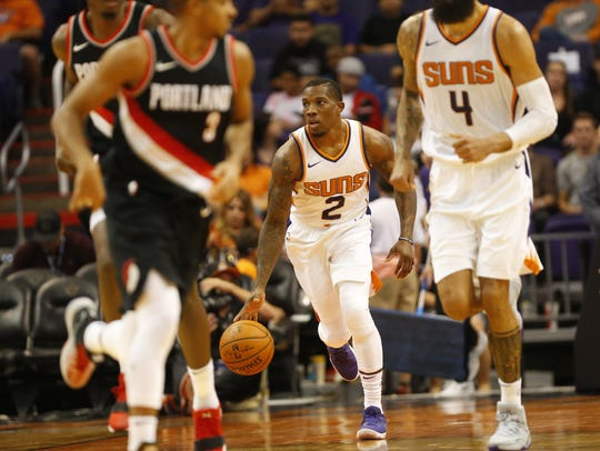 Eric Bledsoe brings the ball up court against Portland