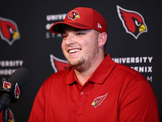 Cardinals introduce Mason Cole and Chase Edmonds
