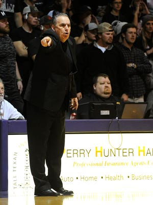 Hardin-Simmons head coach Craig Carse yells to his players during the Cowboys' NCAA men's basketball tournament game in 2017 at HSU's Mabee Complex. Carse stepped away from college coaching after that season and now lives in Montana.