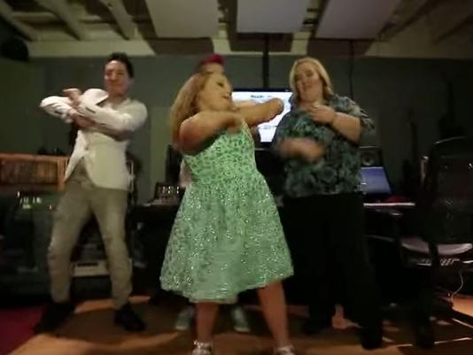 A video from Honey Boo Boo's music video.