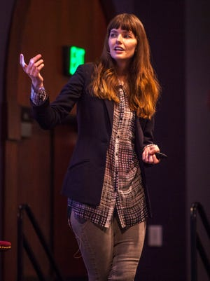 """Model Melissa Stetten discuss body image during her presentation, """"Body Image in the Modeling Industry: An Insider's Perspective,"""" during Southern Utah's fourth Convocation of the 2016 spring semester, Thursday, Feb. 18, 2016"""