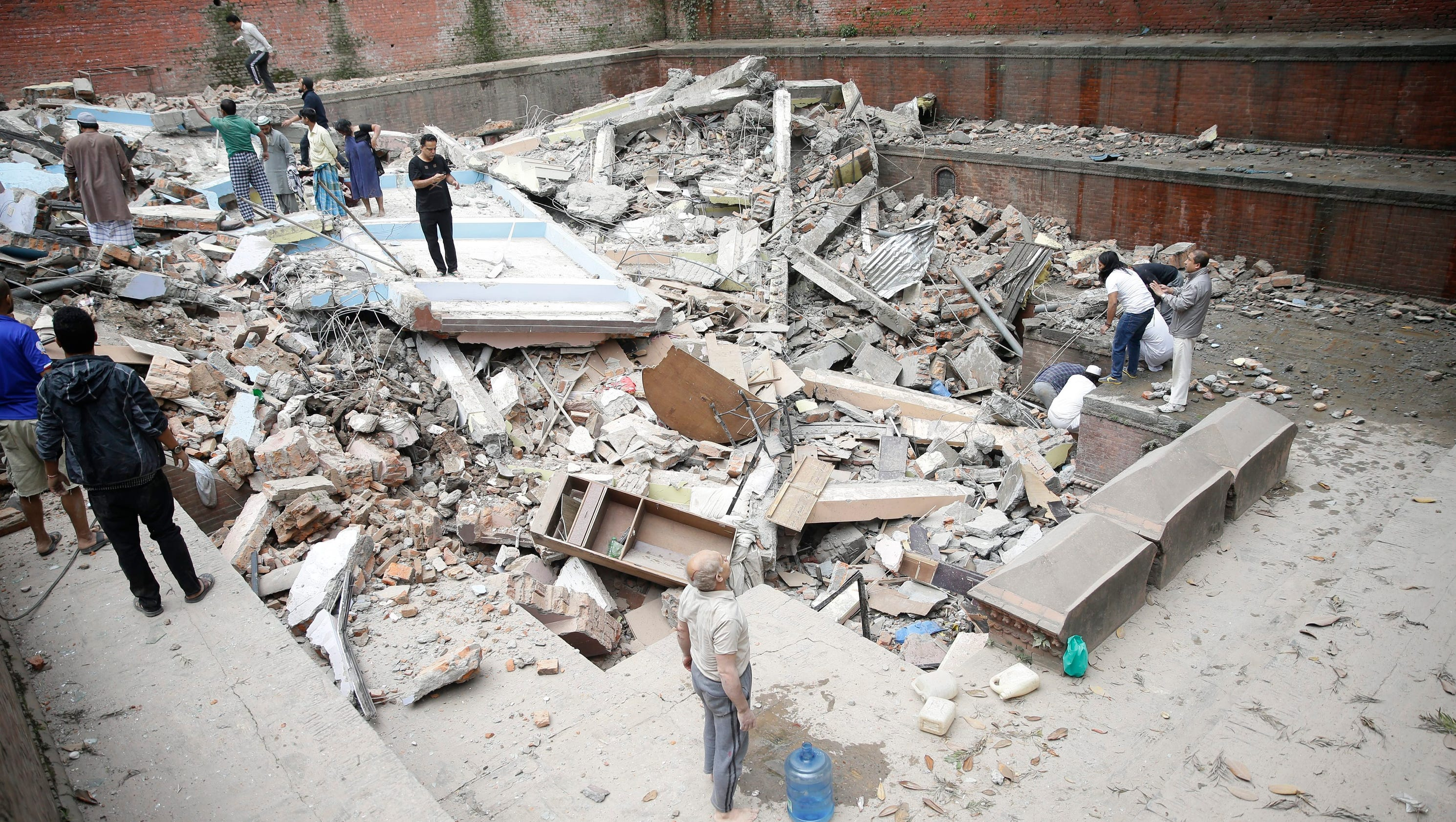 5 things to know about the nepal earthquake for Best place to be in an earthquake