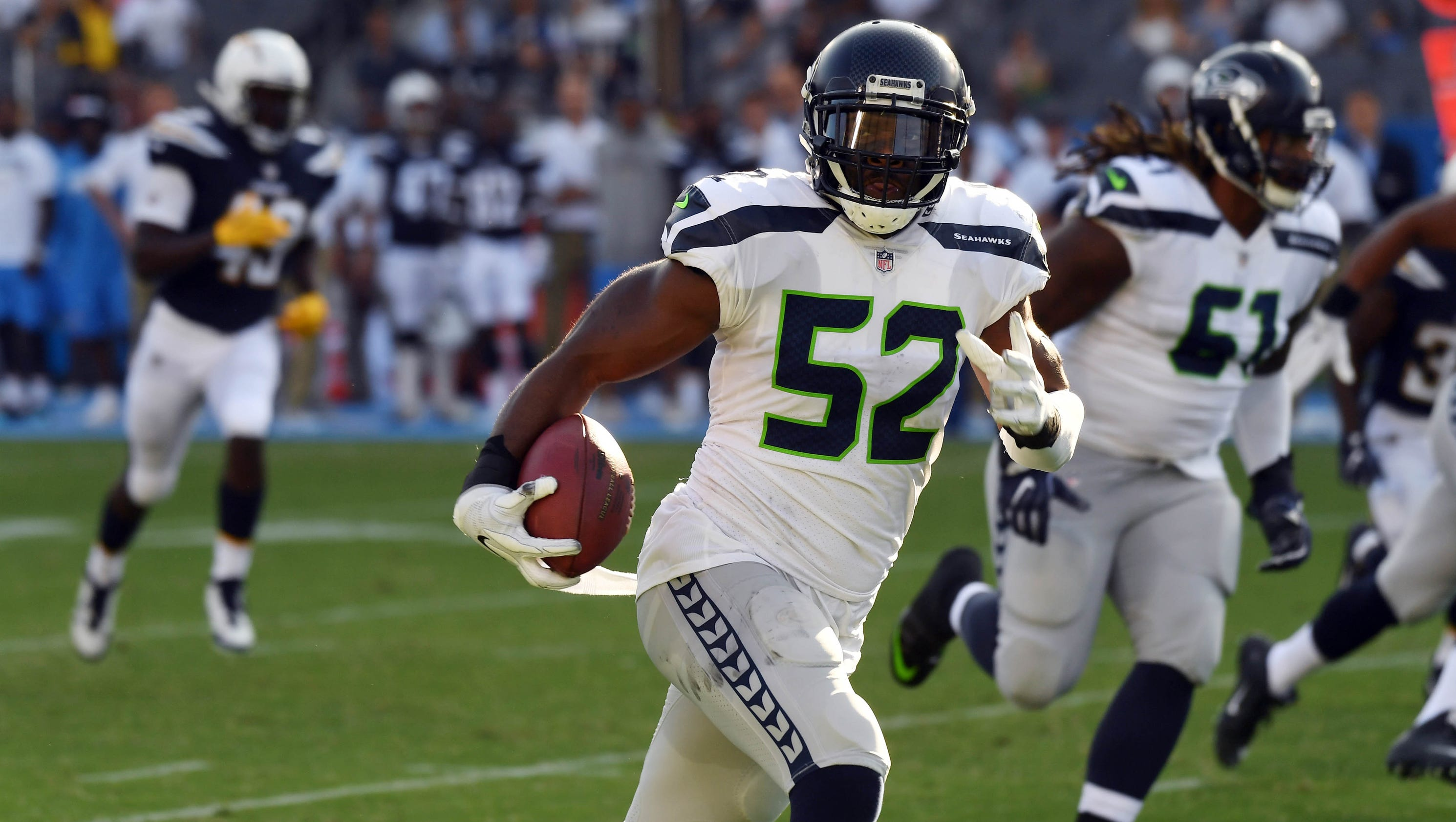 Seahawks win 48-17 in Chargers' Los Angeles debut