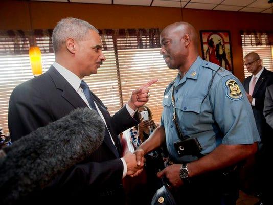 DFP 0826_police_shooting_federal_investig.jpg