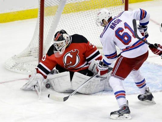 -Rangers Devils Hockey.JPEG-0244d.jpg_20140323.jpg