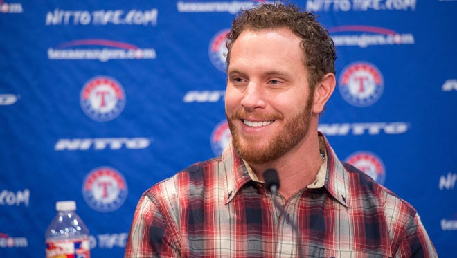 Josh Hamilton returned to the Texas Rangers on Monday after two seasons with the Angels.