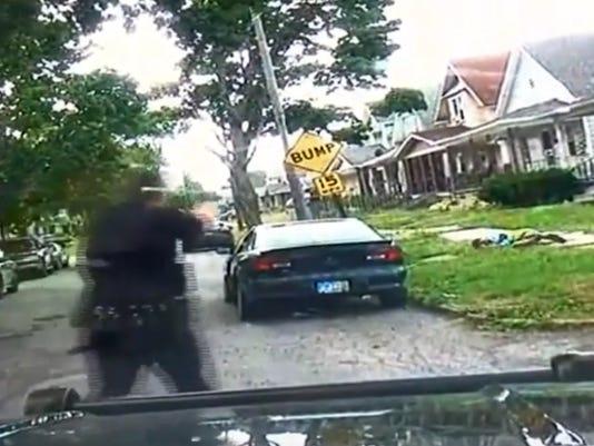 636683963246634824-OhioPoliceShooting.jpg