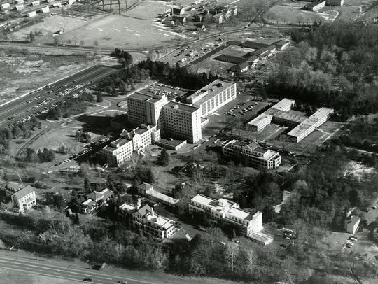 Hospitals Bergen Pines County Hospital Paramus aerial