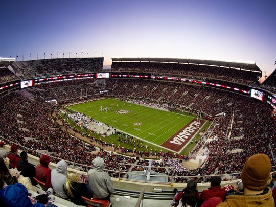 USP NCAA FOOTBALL: MISSISSIPPI STATE AT ALABAMA S FBC ALA MIS USA AL