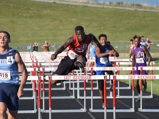 Riverheads' Josh Akinwumi competes in a qualifying