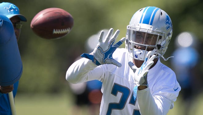 Lions cornerback Darius Slay catches balls after organized team activities Wednesday, May 31, 2017 at Allen Park.