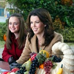 Alexis Bledel, left, and Lauren Graham played daughter and mother on 'Gilmore Girls.'