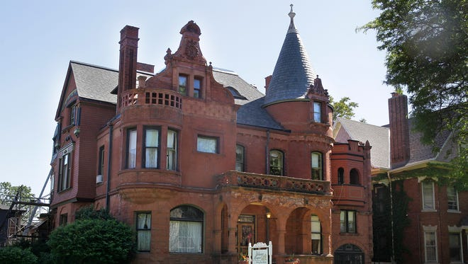 The Schuster Mansion, a bed and breakfast inn on Milwaukee's near west side, is seeking approval from the the city Historic Preservation Commission to add a Victorian garden and porch.