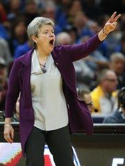 Head coach Sue Guevara led Central Michigan to its