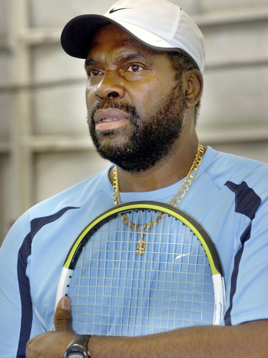 -James_Walker_tennis_pro.jpg_20070615.jpg