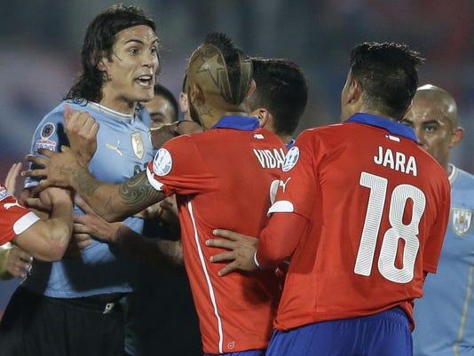 Chile Soccer Copa Ame_Mend (2)