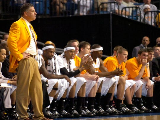 Tennessee head coach Bruce Pearl watches the game against