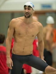 2014-8-4 michael phelps smiles