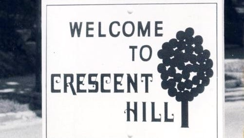 A Crescent Hill boundary sign on Payne Street north of Interstate-64 greets passersby in 1974.