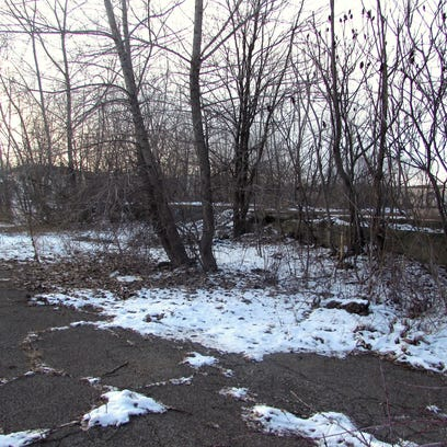 DEC plans to clean up a former industrial site at the end of East Market Street in Elmira.
