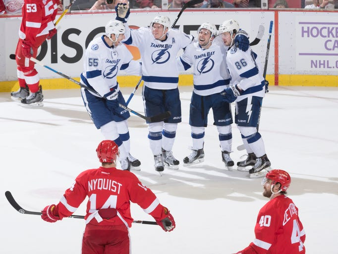 Tampa Bay celebrates its winning goal by right wing