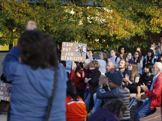 Students and faculty rally for contingent faculty on