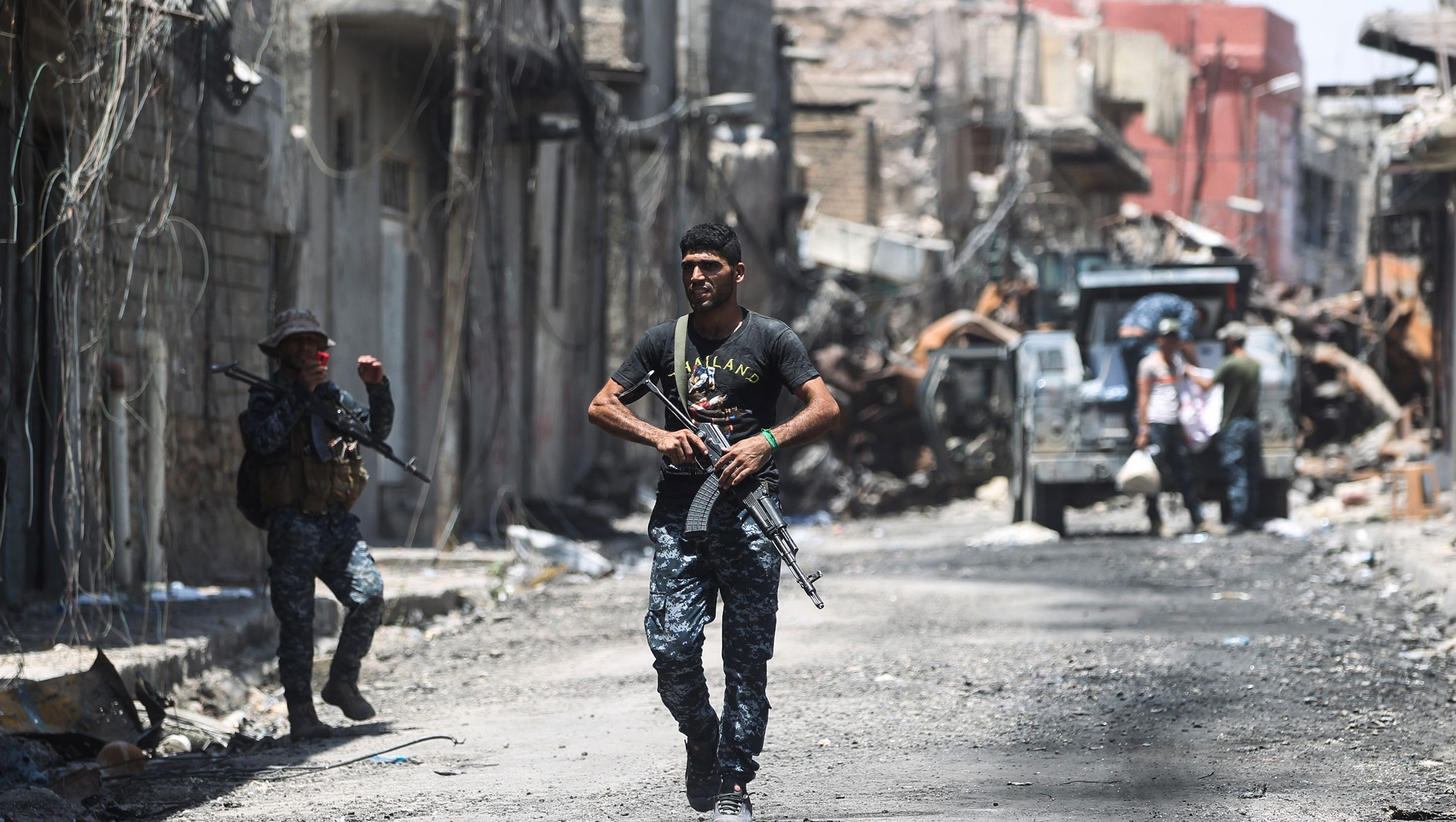 ISIS in Mosul: Militants using human shields as battle nears end