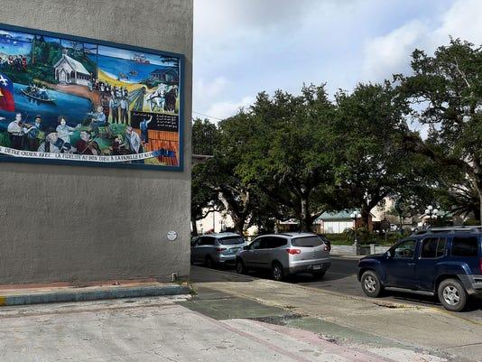 636202564059357214-mural.jpg