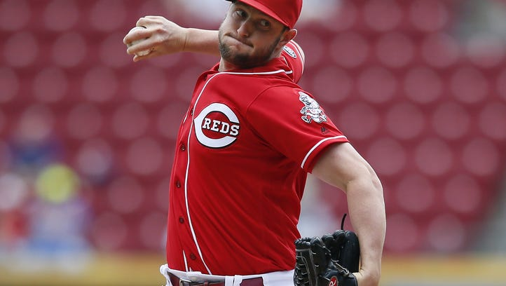 Cincinnati Reds relief pitcher Josh Smith (73) delivers to the plate in the fourth inning during the MLB National League game between the Los Angeles Dodgers and the Cincinnati Reds, Monday, Aug. 22, 2016, at Great American Ball Park in Cincinnati.