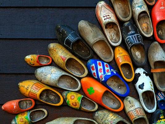 636250967411165968-clogs-GettyImages-489907410.jpg