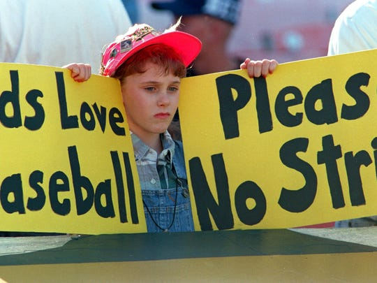 11 Aug 1994: ERIN STATES, 10, OF TRACY, CALIFORNIA SHOWS HER DISAPROVAL OF THE BASEBALL STRIKE BEFORE THE ATHLETICS V MARINERS GAME IN OAKLAND.