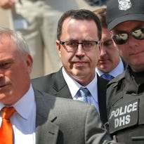 Jared Fogle's ex-wife alleges Subway knew of his 'depravities'