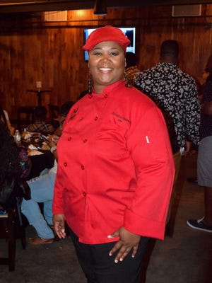 "Tallahassee chef Shacafrica Simmons, known to all as Chef Shac, won the Food Network's ""Chopped"" Tuesday night."
