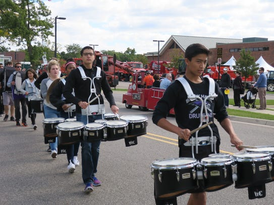 The Bloomfield Hills High School Drum Line made an