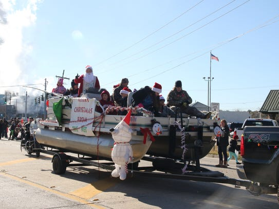 Here's a float from last year's Bawcomville Redneck Christmas Parade.