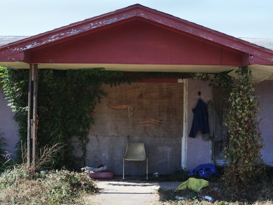 Hannah Baldwin/The News-Star Trash litters the area