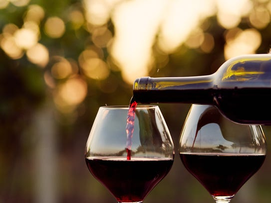 How much wine should you buy for the typical Thanksgiving meal?