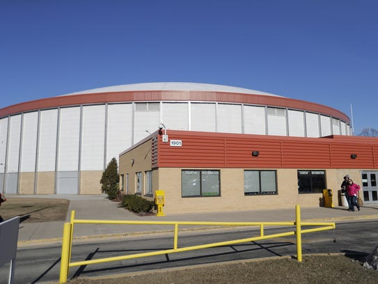 Exterior of the Brown County Veterans Memorial Arena.