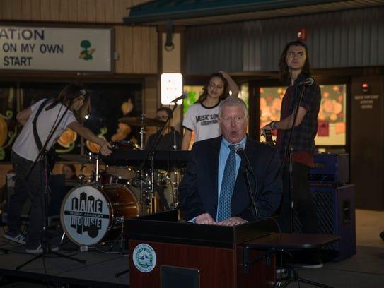 Brick Mayor John Ducey addresses audience at the opening