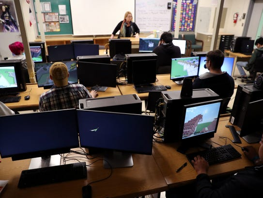 Students in Katherine Hewett's class at King High School