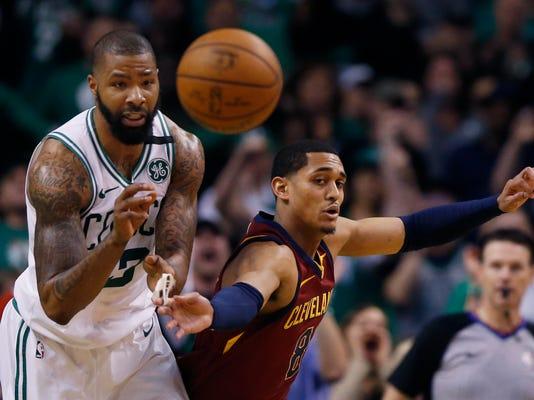 Cavaliers_Celtics_Basketball_41345.jpg