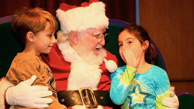 Take a ride down the yule slide, chat with Jingles the Jolly Bear, have breakfast with Santa, watch a musical rendition of The Night Before Christmas … you can do it all at this year's Jolly Days.