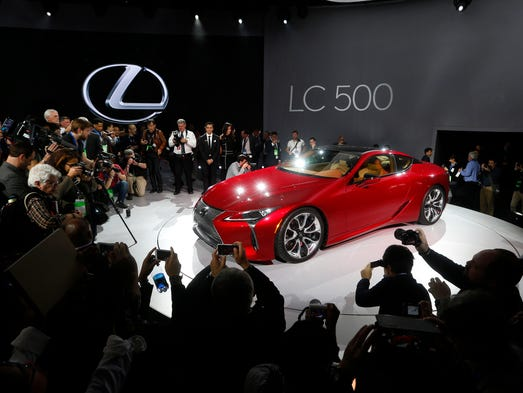 Before a huge crowd of press, the Lexus LC500 luxury