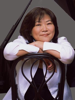 Pianist Angela Cheng performs for the Chamber Music Society of Detroit's opening concert of the new season.