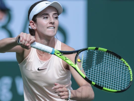 American Catherine Bellis returns the ball to Sara
