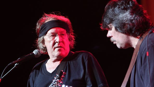 Paul Kantner, left, performs with Jefferson Starship