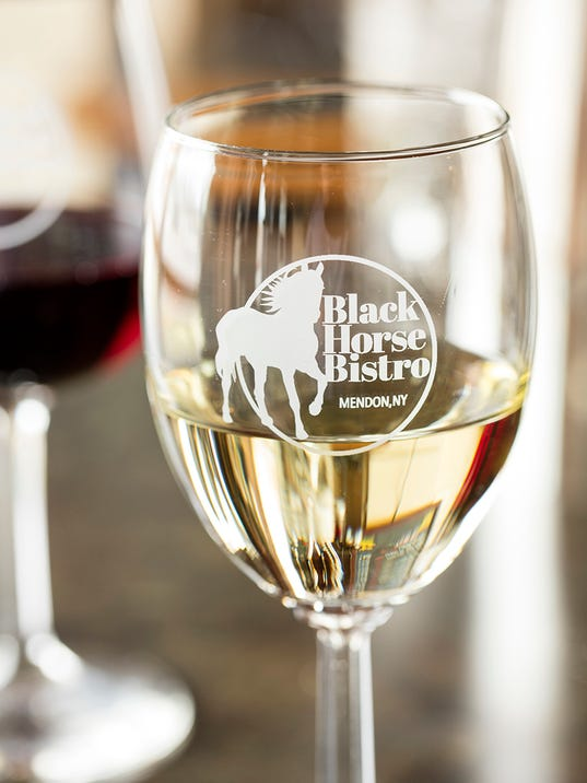 Review Black Horse Bistro S Comfort Country Dining