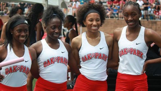 Oak Park's girls won three relays at 2017's Division 1 championship meet, including the 4x200 with Janae Barksdale, Aasia Laurencin, Carlita Taylor and Tamea McKelvy.