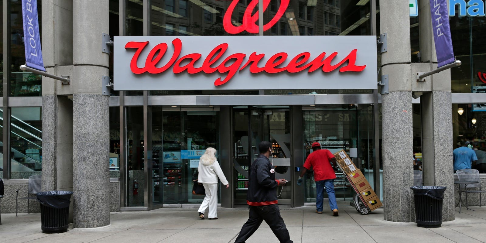 Amazons Buying Pillpack Crushes Shares Of Walgreens Cvs Rite Aid
