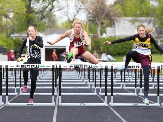 -100 hurdles c divisional.jpg_20170518.jpg